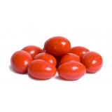 Драже в оранжевой глазури