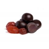 Драже в темном шоколаде